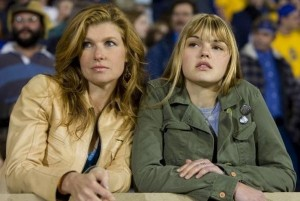0254018f00768316-c2-photo-connie-britton-et-aimee-teegarden-sont-tammy-et-julie-taylor-dans-friday-night-lights