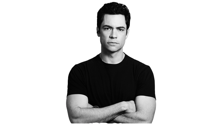 Drive 2011 in addition File Daenerys Season 2 Promo besides 1555260 further Danny Pino Junta Se A Gone likewise Floor Plans. on the librarians crown