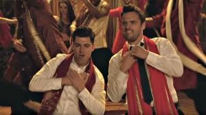 Schmidt-Nick-Bollywood-dance-S5Ep1-600x336