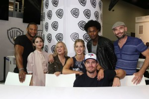 Arrow-San-Diego-Comic-Con-2016-6