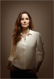 Dr. Sara Tancredi ( Sarah Wayne Callies)