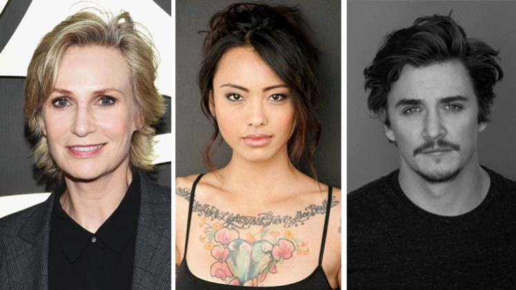 Jane Lynch, Levy Tran e Kyle Gallner,