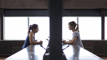 Minissérie Cheat em estreia na AMC Portugal
